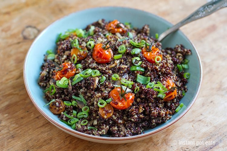 Instant Pot Quinoa With Garlic Mushrooms & Cherry Tomatoes (Vegan, Vegetarian, Gluten-free, Dairy-free)