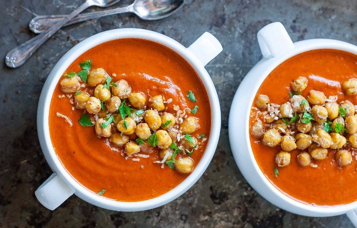 Instant Pot Tomato Soup With Chickpeas