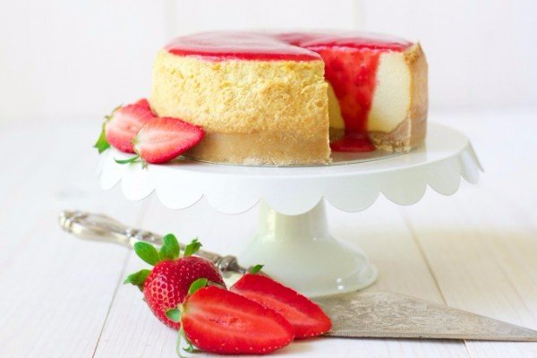 Strawberry Instant Pot Cheesecake