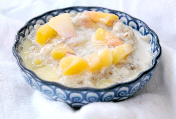 Peaches & Cream Instant Pot Oatmeal