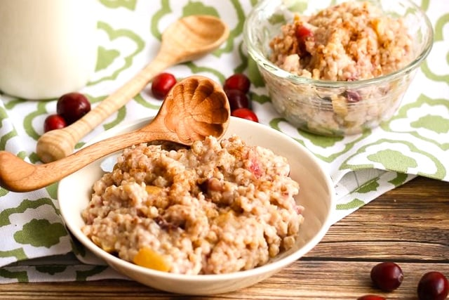 instant-pot-apple-cranberry-steel-cut-oats