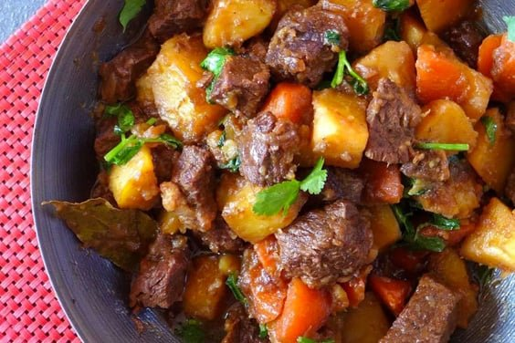 Instant Pot Chinese Beef & Potato Stew