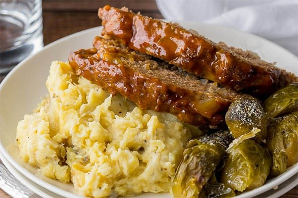 Instant Pot ground beef meatloaf and mashed potatoes