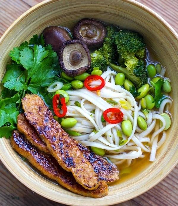 Instant Pot Vegan Udon Soup With Edamame & Crispy Tempeh