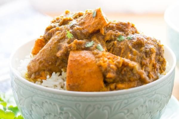 Slow cooker chicken sweet potato korma