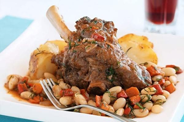 Italian Shanks With White Beans