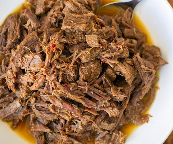 instant-pot-shredded-beef-feature