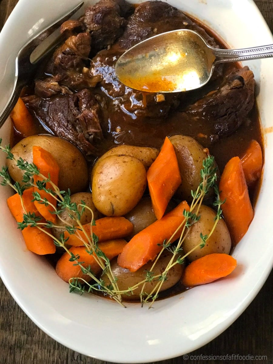 Instant Pot Beef Pot Roast With Carrots & Potatoes