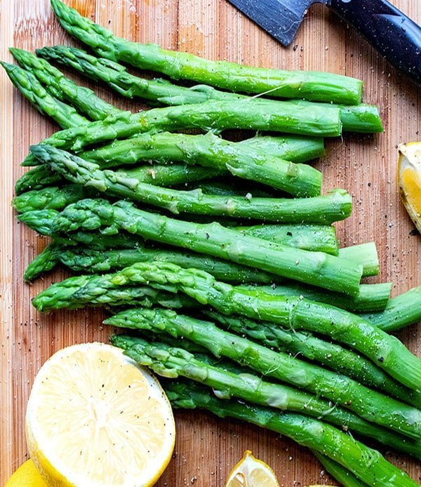 Instant Pot Asparagus With Lemon, Garlic & Pepper