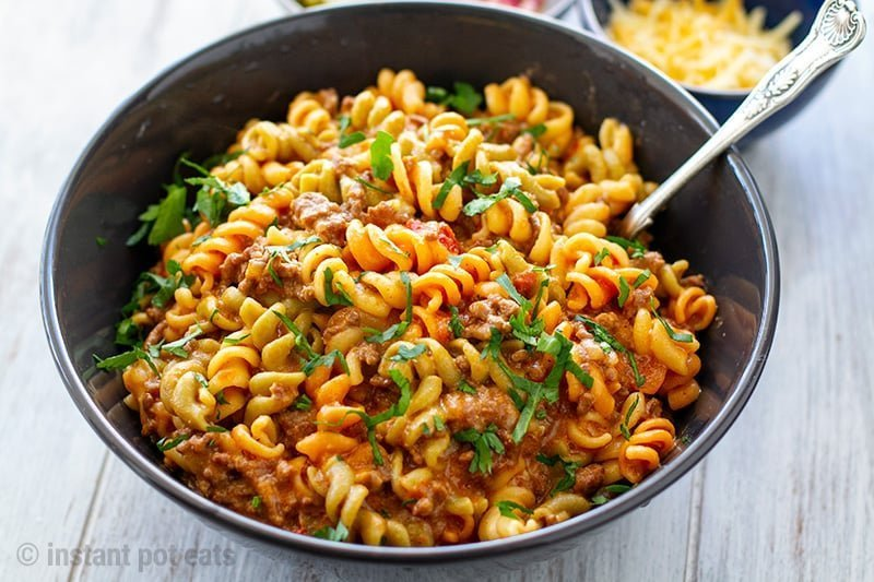 Instant Pot Cheeseburger Pasta