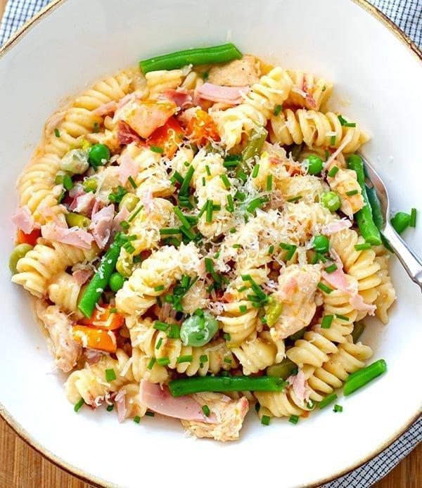 Instant Pot Chicken Pasta With Ham & Vegetables