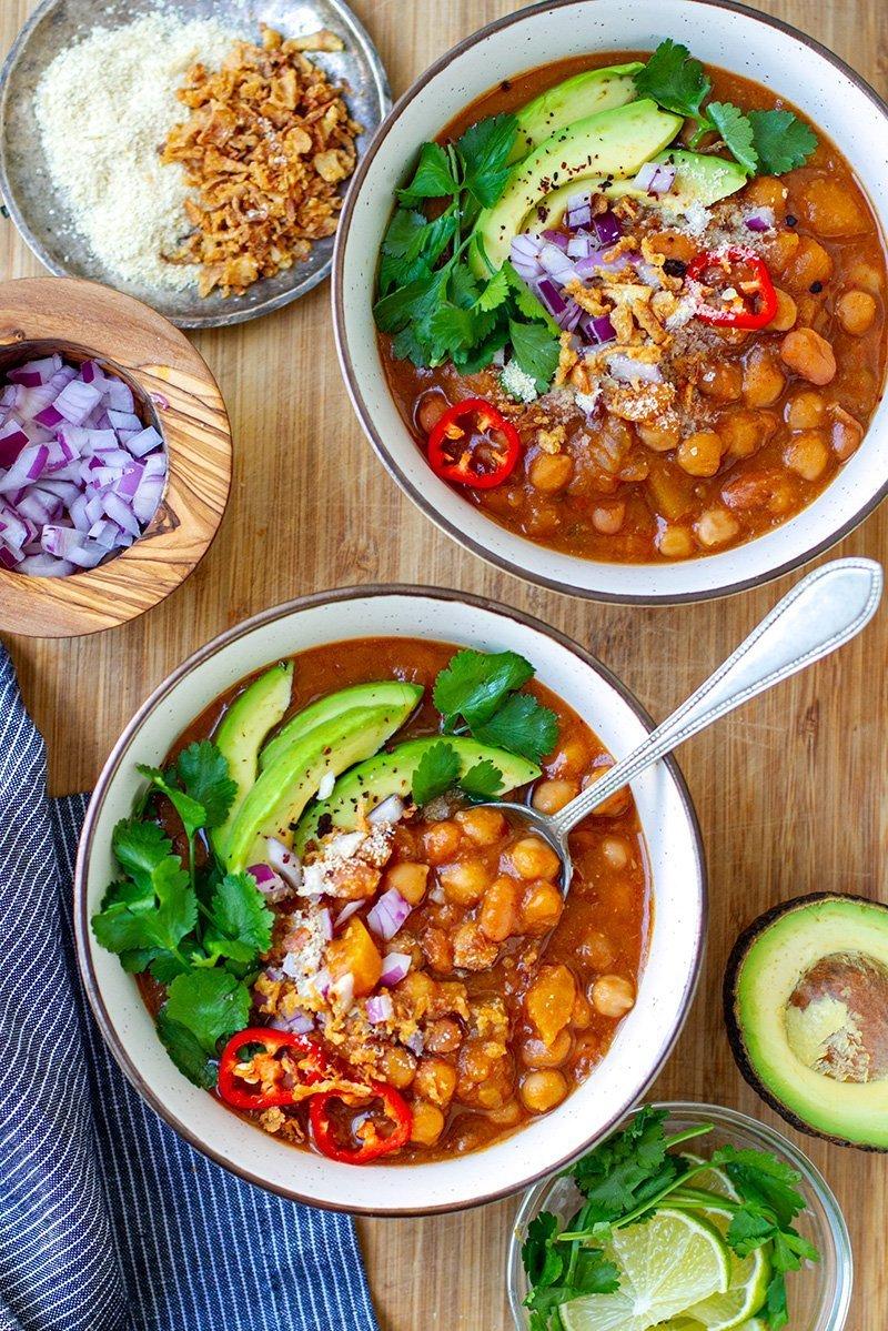 Instant Pot Vegetarian Chili With Pumpkin & Beans (Gluten-free, Vegan)