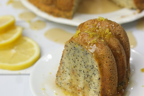 Instant Pot Lemon Poppy Seed Bundt Cake