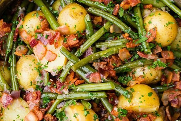 Instant Pot Green Beans and Potatoes with Bacon