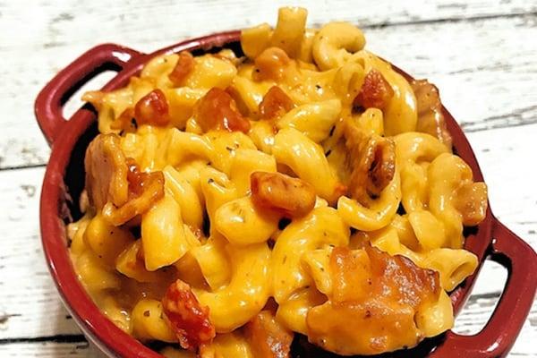 Instant Pot Bacon Tomato Mac & Cheese