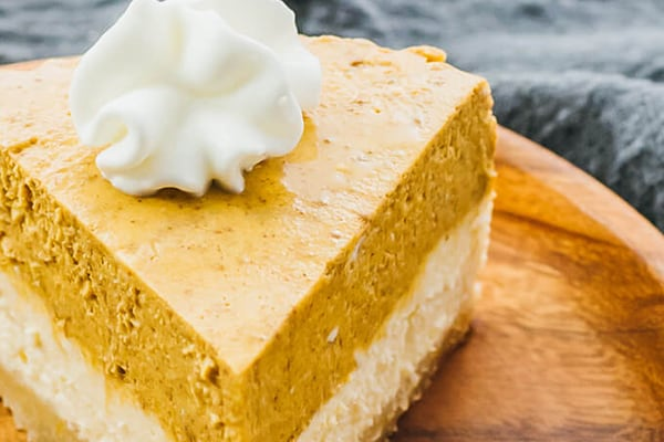 Low-Carb Instant Pot Pumpkin Cheesecake