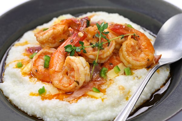 INSTANT POT CAJUN SHRIMP AND GRITS
