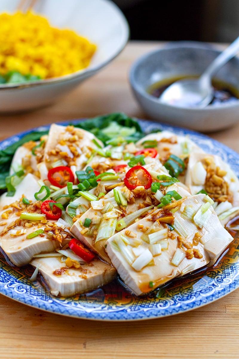 Instant Pot Tofu & Bok Choy With Garlic Ginger Sauce