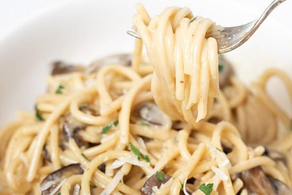Creamy Instant Pot Mushroom Pasta
