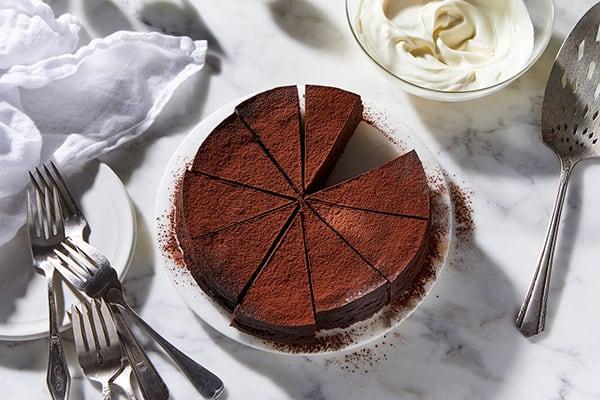 Fudgy Flourless Chocolate Cake (Gluten-Free)