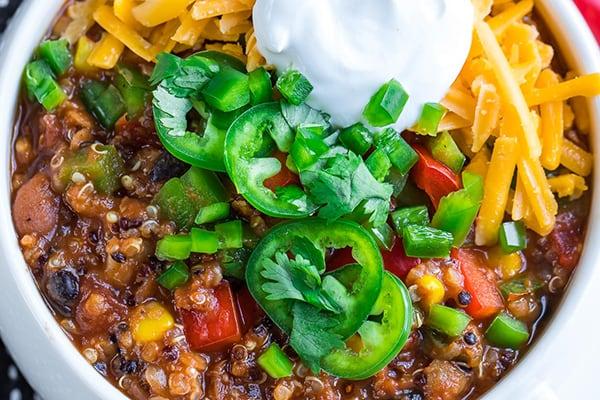Instant Pot Vegetarian Quinoa Chili