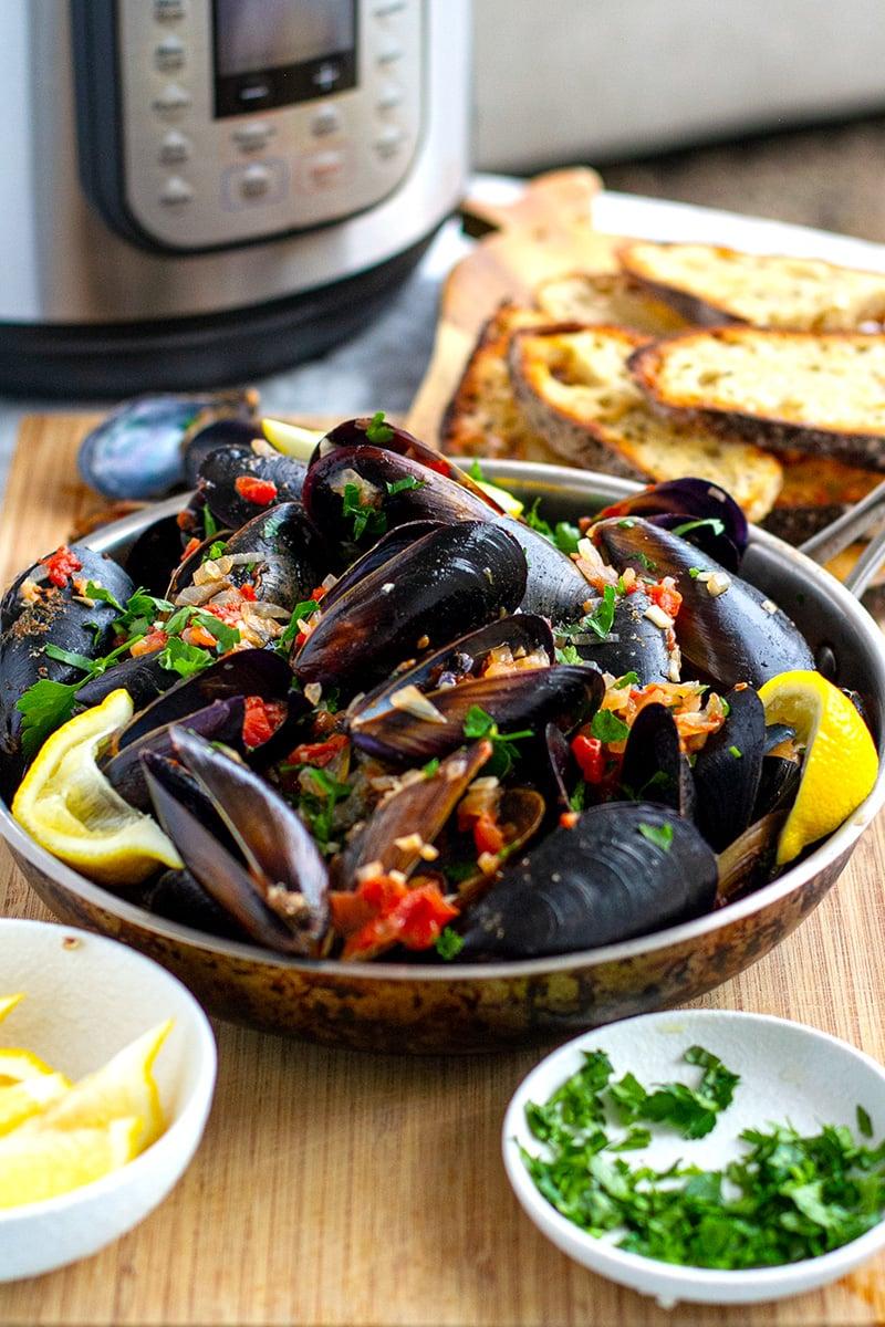 Easy Mussels Marinara In Instant Pot Recipe