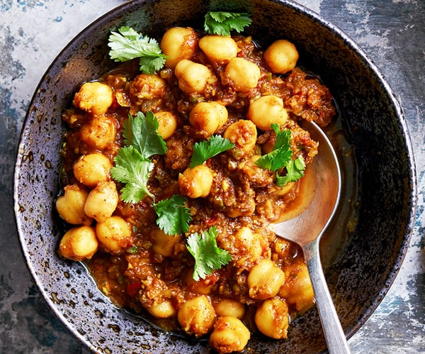 Instant Pot Chickpeas In Spicy Sauce With Brown Rice (Chana Masala)