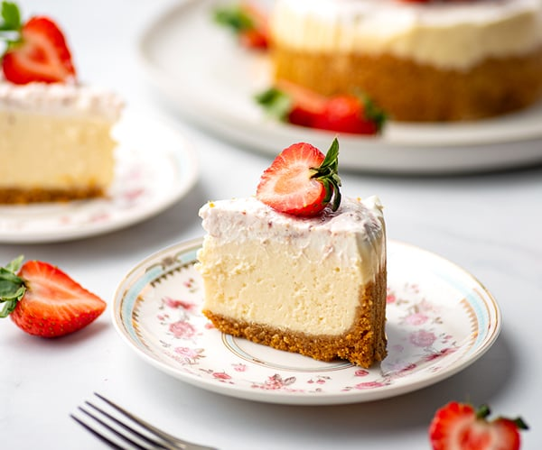 Instant Pot Cheesecake vanilla strawberry