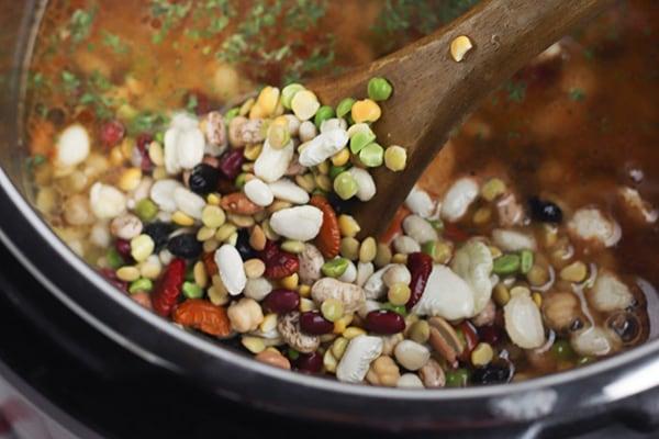 Instant Pot Cajun 15 Bean Soup