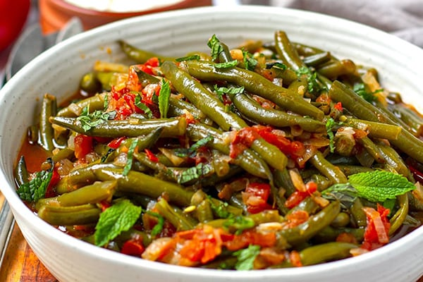 INSTANT POT BRAISED GREEN BEANS (TURKISH-STYLE)